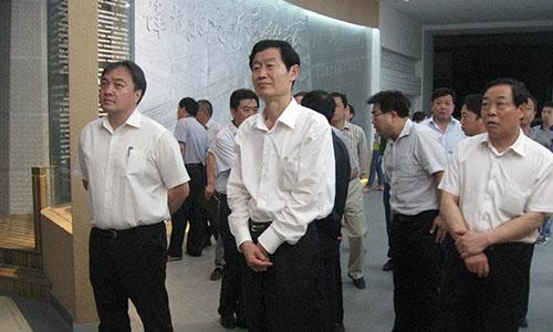郑州市委常委、统战部长王耀华到巩义市产业集聚区调研