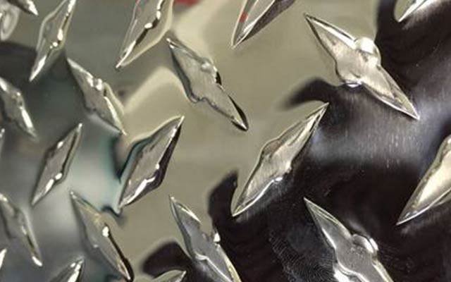 花纹铝板材规格有哪些?常见种类有什么?