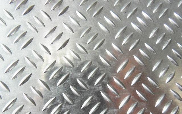 河南三条筋花纹铝板厂家_价格