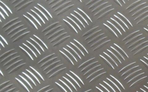 五條筋花紋鋁板的性能有什么樣特點