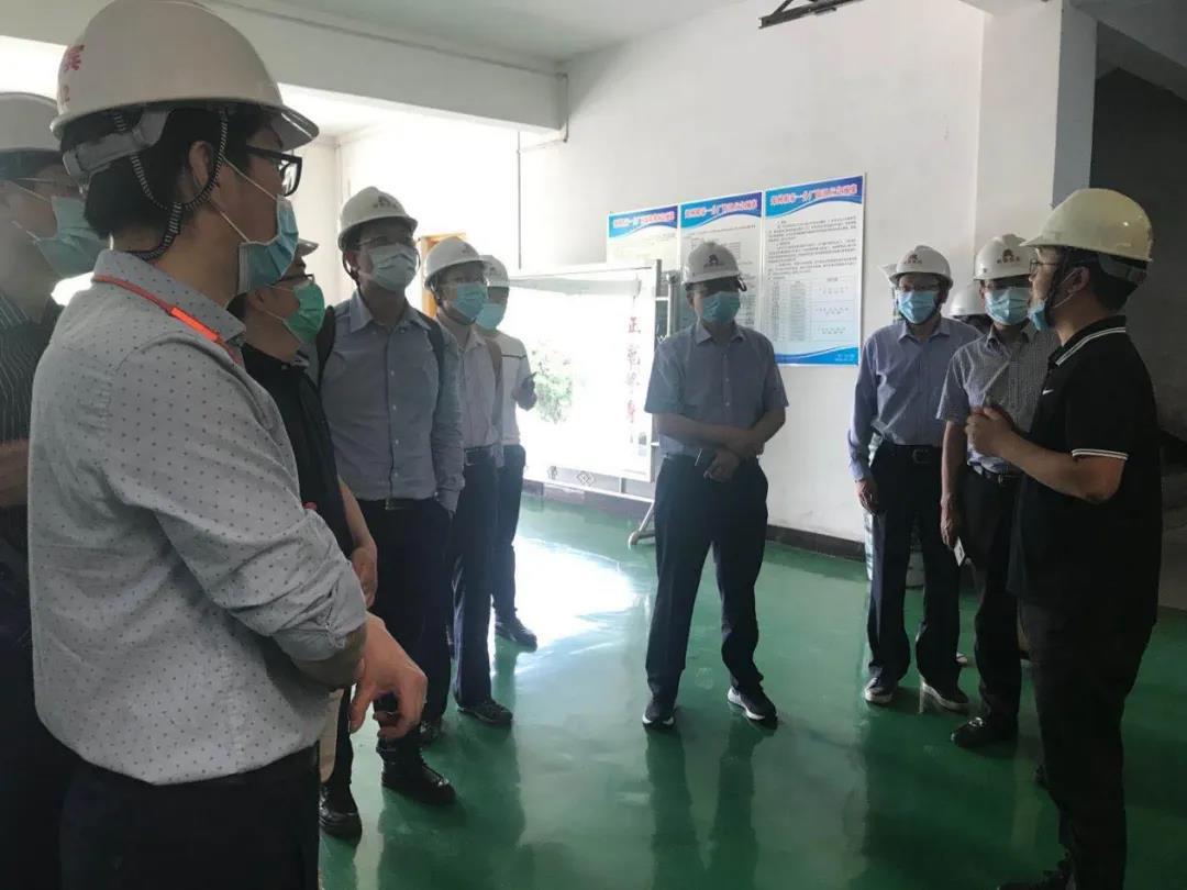 西安交通大学考察团一行到郑州明泰参观考察